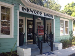 RT greeting visitors to Inkwood Books in Tampa!